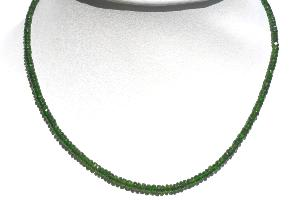 Collier diopside chrome (pierres facettées 3mm) Qualité Extra - 46cm